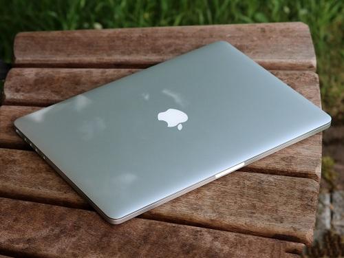 Độ mỏng Macbook Pro Retina MJLQ2 (15.4 inch, Mid 2015)