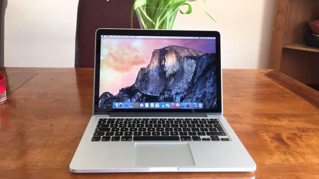 mua Macbook cũ