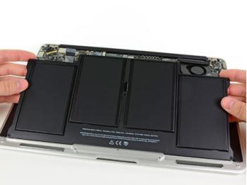 Pin Macbook Air 2011